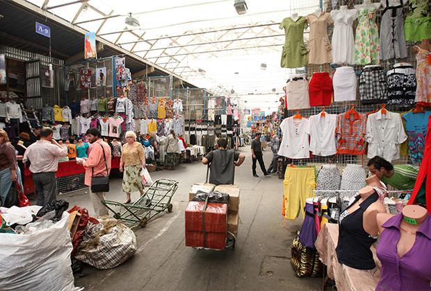 Торговцы оптового рынка в Шымкенте против двухнедельного закрытия