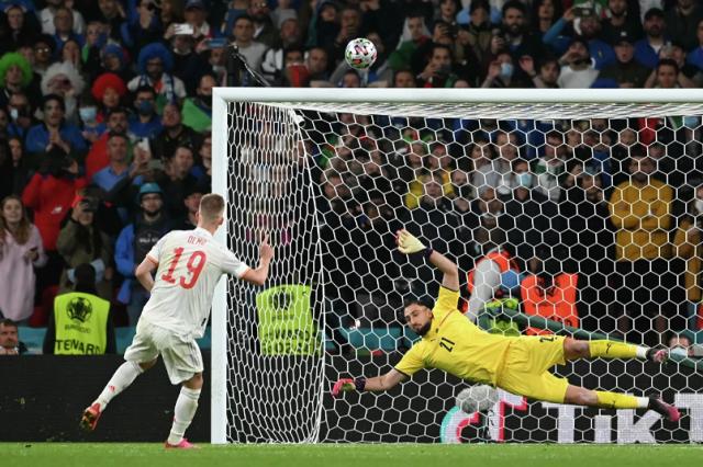 Сборная Италии обыграла команду Испании и вышла в финал ЕВРО