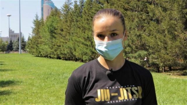 Столичные спортсмены призывают граждан привиться от КВИ