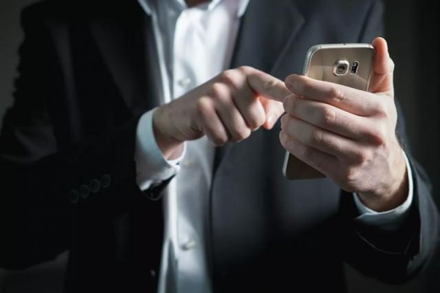 Продлить срок жизни смартфона до 30 лет? Это реально, заверил эксперт