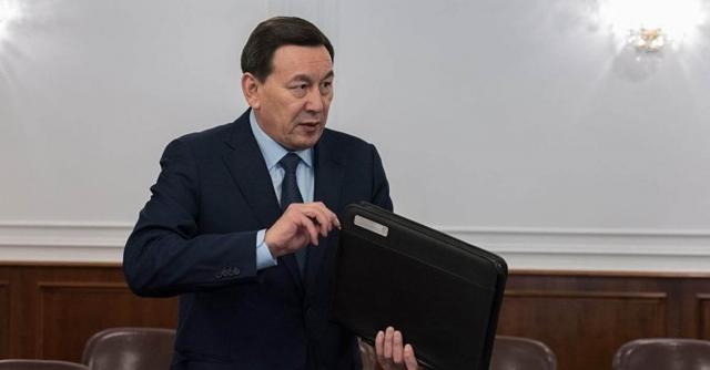 Президент освободил от должности начальника Службы государственной охраны РК