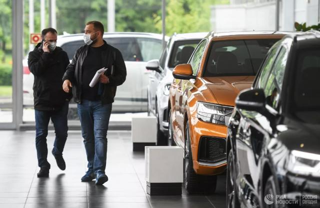 В России спрогнозировали очередной рост цен на автомобили