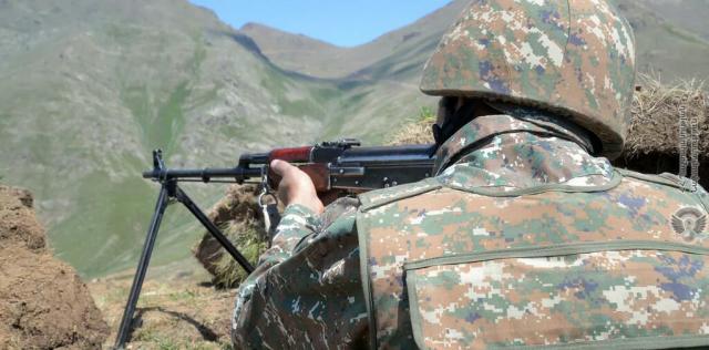 Армения обвинила Азербайджан в новых обстрелах