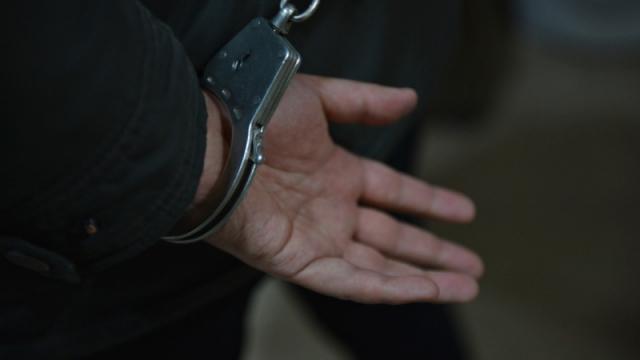СМИ: Замакима района ВКО задержали после жалобы бизнесмена