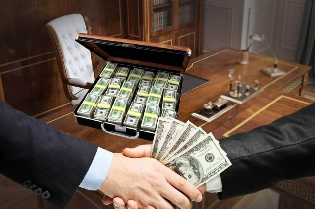 Акима Косшы заподозрили в коррупции