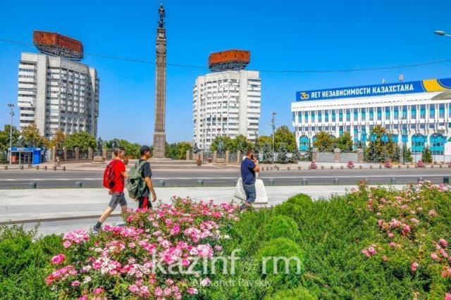 Весь Казахстан остается в «красной зоне»