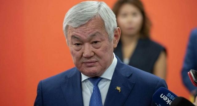 Касым-Жомарт Токаев объявил выговор Бердибеку Сапарбаеву