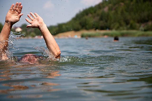 За первый день августа в Актюбинской области утонуло два человека