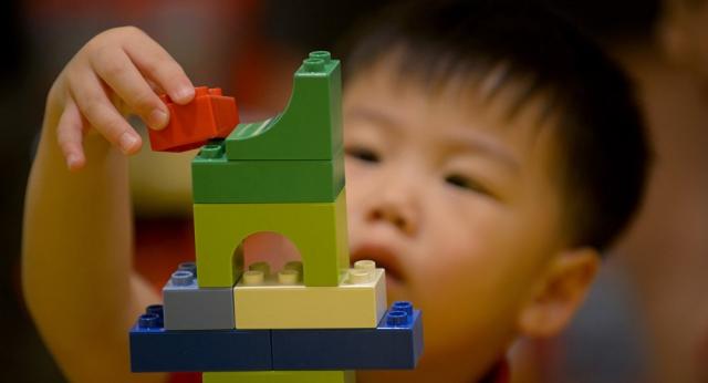 Должны ли быть привиты родители детей, посещающих детсады – ответ Минздрава