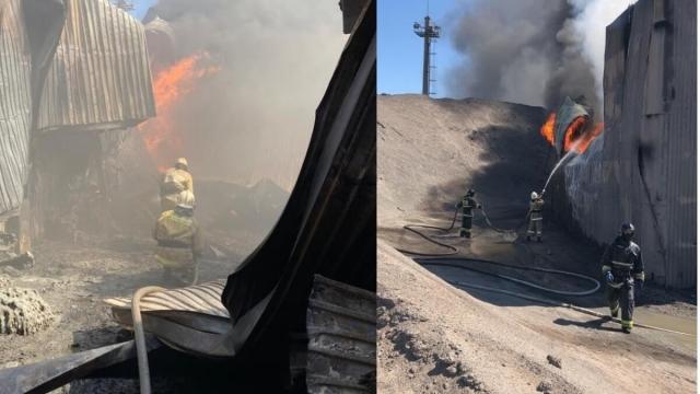 Хранилище с коксом сгорело на заводе ферросплавов в Актобе