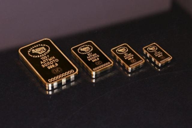 Эксперт объяснил, почему не стоит покупать золото