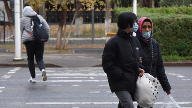 Пандемия отступает.  Заболеваемость коронавирусом составила 2 801 случай за сутки в Казахстане