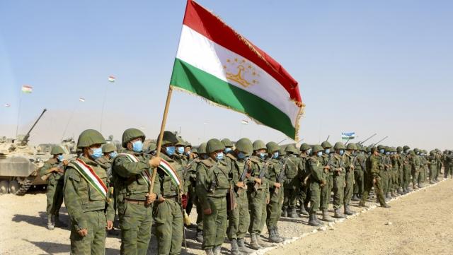 Законопроект о бесплатных поставках казахстанского оружия в Таджикистан внесен в мажилис