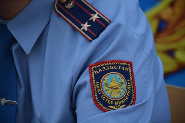 Охранник медицинского учреждения украл телефон у пациентки, умершей от COVID-19