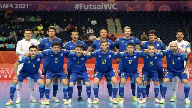 Футзал: Казахстан впервые в своей истории вышел в четвертьфинал мирового первенства