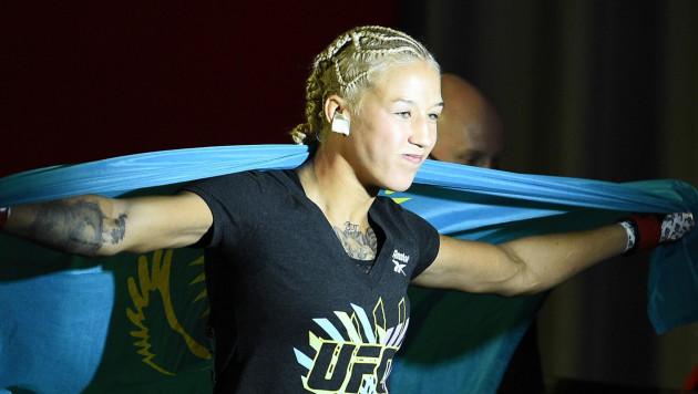 Первая в истории UFC казахстанка получила рекордный гонорар за вторую победу